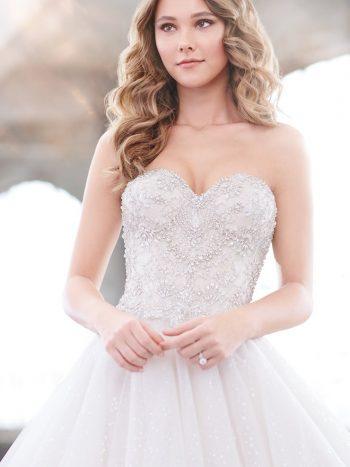 νυφικό-φόρεμα-γραμμή-πριγκιπικη-τουλι-παγετα-πριγκιπικο-219222-venetti-mon-cheri