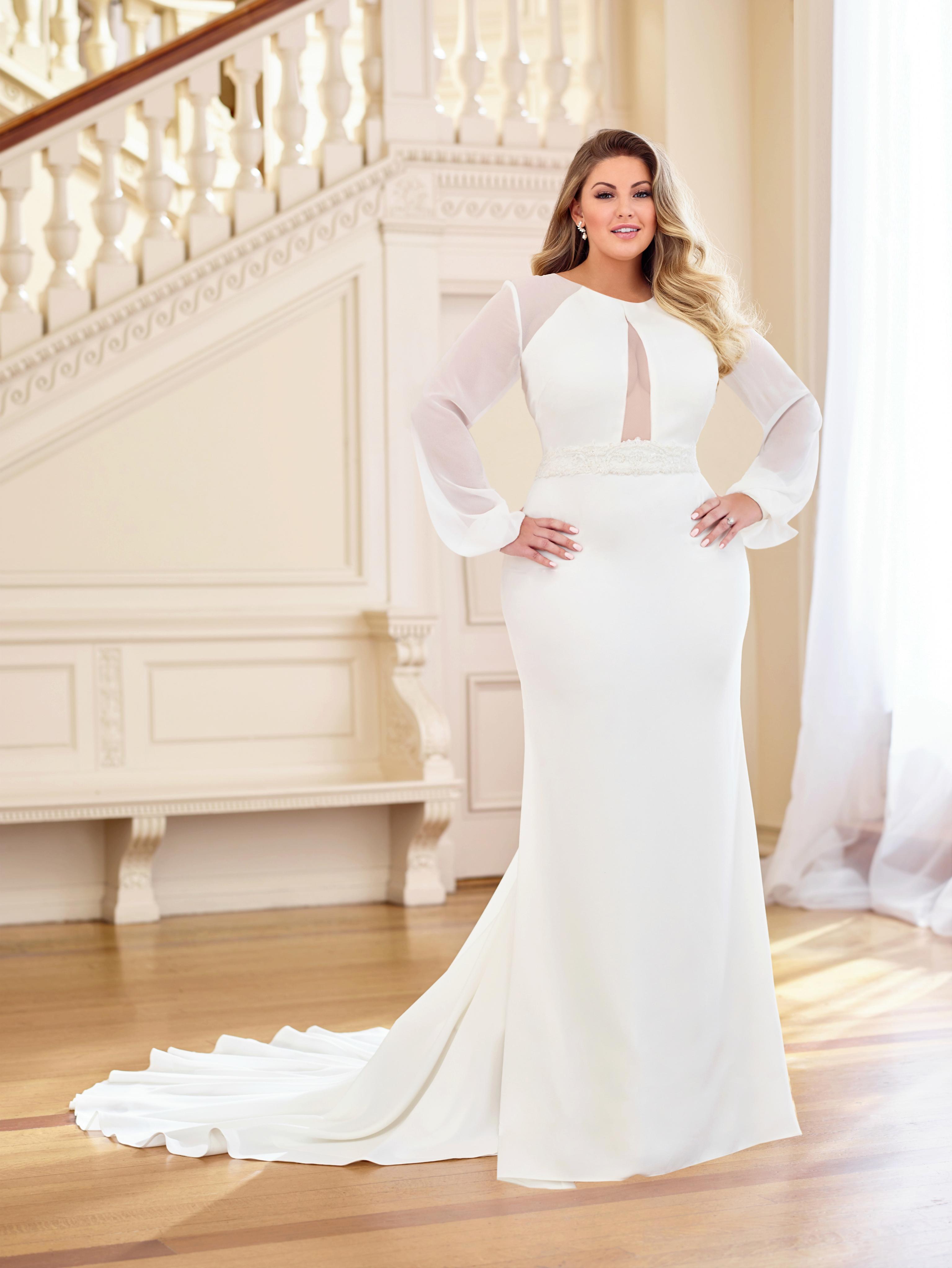 247451d629c Ίσιο χυτό νυφικό φόρεμα κρεπ σιφόν μακρυά μανίκια plus sizes VENETTI