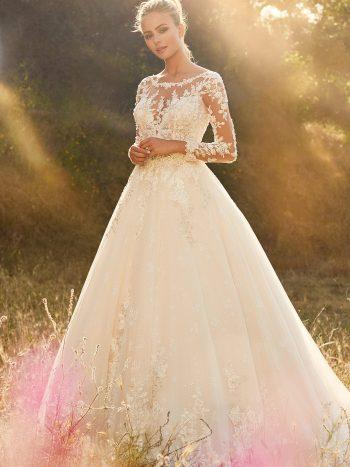 νυφικό-πριγκιπικο-γραμμη-α-τουλι-glitter-δαντελα-μακρυα-μανικια-mon-cheri-120233-venetti