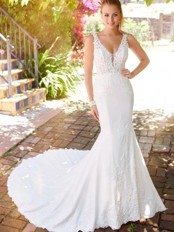 νυφικο-φορεμα-κρεπ-σατεν-γραμμη-α-δαντελα-ισιο-120248-mon-cheri-venetti
